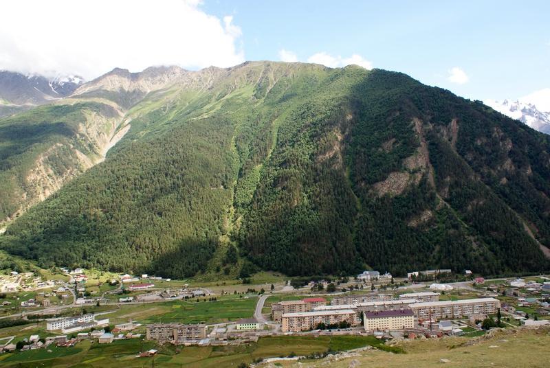 Поселок искателей фото мансардной крыши