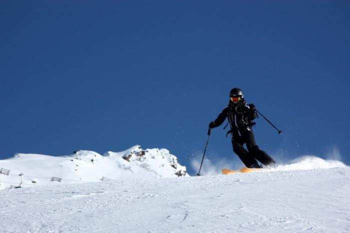 53352ba0ca8c8_marina_ski.jpg